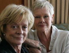 Dame Maggie Smith and Dame Judi Dench, two divine women. No wild outfits. No heavy make-up or plastic surgery. They simply inspire our admiration and grab our attention by who they are British Actresses, British Actors, Actors & Actresses, Judi Dench, Tilda Swinton, Great Women, Amazing Women, Gorgeous Women, I Look To You