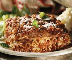 Need a lasagna recipe? Here's a classic. And if you need to save time, follow the quick version. /