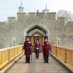 Finally,the new drawbridge at The Tower of London is finished,can't wait to see it!