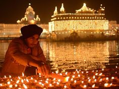 Diwali Decorations at the Golden Temple Amritsar. http://www.constanttraveller.com/