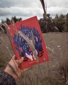 """BIBLIOPHILOVE's Instagram photo: """"Me encantan los días nublados y lluviosos. A diferencia de muchas personas que son más activas con los días soleados. A mí, por alguna…"""" Cover, Books, Instagram, Art, Cloudy Day, Sunny Days, People, Art Background, Libros"""