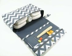 Chevron Nappy Bag: Ideal gift for expectant / new parents.
