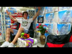 What These Guys Do At Wal-Mart Will Make You Laugh Non Stop, They Are Such Jokers LOL