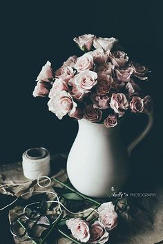 Still Life Photography- Floral Still Life, Bouquet of Roses, Pink Roses Photo, Dark Floral Modern Ar - Products - Flower Aesthetic, Aesthetic Grunge, Aesthetic Photo, Aesthetic Pictures, Aesthetic Dark, All The Bright Places, Dark Drawings, Rose Photos, Jeff The Killer