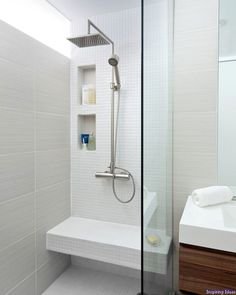 Cool 55 Clever Small Bathroom Design Ideas https://decorisart.com/27/55-clever-small-bathroom-design-ideas/