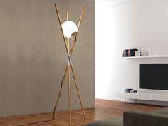 Lámpara de pie de fresno con dimmer MOON by ENVY | diseño Noji
