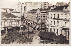 Boa Noite! Uma bela imagem do Largo São Bento. O postal foi circulado em 1938, porém a imagem deve ser do início dos anos 1930. A esquerda, o Hotel D' Oeste. A direita, a esquina com a Rua São Bent…
