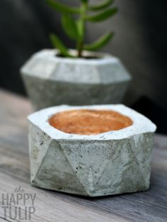 DIY Geometric Concrete Bowls In Two Ways | Shelterness