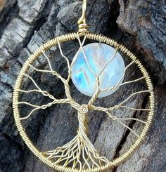 So I finally did it; I finished my first (and probably only ever) solid 18k gold moon tree pendant! I hope that the gold market falls drastically (and soon) because a) it will mean that our economy is doing well, and b) I will get to play with more yummy buttery 18k gold wire! There's really no…