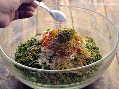 Oats Methi Muthia recipe Gujarati Cuisine, Gujarati Recipes, Indian Food Recipes, Indian Appetizers, Indian Snacks, Appetizer Recipes, Dinner Recipes, Muthia Recipe, Biryani Recipe