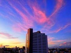 """""""A boa educação é moeda de ouro. Em toda parte tem seu valor"""". -Padre Antônio Vieira-  #Uberlândia #MinasGerais #Brasil  #pordosol #sky #skyline #skyporn #skylovers #clouds #natgeo #wonderful #wonderfulplaces #place #worldplaces #natgeotravel #sunsetporn  #ig_minasgerais_ #prefuberlândia #souminasgeraisuai #sunsetdobrasil #sunsets #super_photosunsets #brazil_bestsunset by fabianopontesbill"""