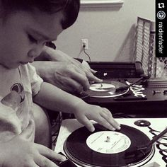 #Repost @raidenfader  A family that Skratches together stays together  #Repost @sammys_gal  #MausaliLewis doing what he loves most.. With who he loves most #DaddyAndSon #bonding with #VestaxHandyTrax and #raidenfader #turntablism by nio_zeroplastica http://ift.tt/1HNGVsC
