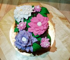 tort kwiaty