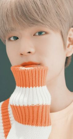 Stray Kids Seungmin, Kids Wallpaper, Songs To Sing, Lee Know, Lee Min Ho, Loving U, Kpop Boy, South Korean Boy Band, Baby Photos