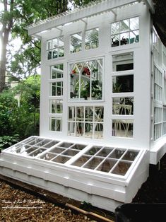 Container Gardening - An Answer To Minimal House For Increasing Vegetation Building A Repurposed Windows Greenhouse You Can Make A Greenhouse Inexpensively Using Old Windows Window Greenhouse, Build A Greenhouse, Greenhouse Ideas, Greenhouse Wedding, Cheap Greenhouse, Greenhouse Gardening, Garden Wedding, Homemade Greenhouse, Garden Structures
