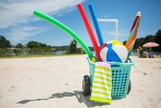 build your own rolling beach cart.but it could be used for pool time, picnics.anytime you need to roll something around. Beach Bonfire, Beach Fun, Beach Trip, Beach Ideas, Pvc Pipe Crafts, Pvc Pipe Projects, Diy Projects, Pop Up, Beach Wagon