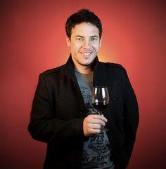 http://www.elevezine.com/consejos-la-hora-de-degustar-un-vino/