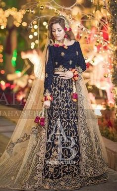 Ladies Replica is the online store for all type of bridal and party ware dresses, we deal in all branded replica suits, Sana Safinaz Gul Ahmed, Maria B and Shadi Dresses, Pakistani Dresses Casual, Pakistani Wedding Outfits, Pakistani Bridal Dresses, Pakistani Dress Design, Bridal Lehenga, Indian Dresses, Latest Bridal Dresses, Bridal Mehndi Dresses