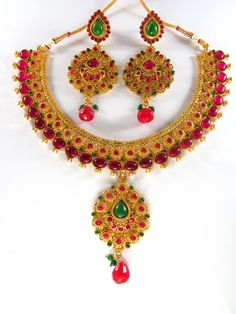 Wholesale Indian Fashion Costume Jewellery online from sdjewelz India, Jewellery Stores Online Shopping, Indian Jewellery Necklace Sets, Our main costumers are from USA (American), UK (London), Australia, Dubai, Malaysia and Europe.