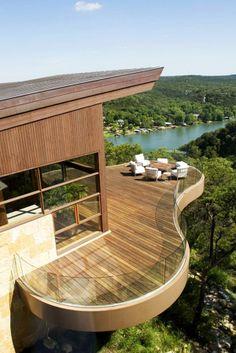 This balcony tho...