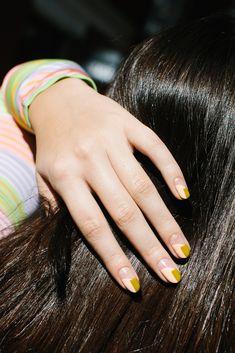 Funky Nails, Trendy Nails, Cute Nails, Clear Nails, Gel Nails, Acrylic Nails, Two Color Nails, Nail Colors, Natural Almond Nails