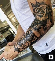 Tätowierungshülse Hülse Tattoo bilder tattoo old school tattoo arm tattoo tattoo tattoos tattoo antebrazo arm sleeve tattoo Forarm Tattoos, Forearm Sleeve Tattoos, Best Sleeve Tattoos, Tattoo Sleeve Designs, Sleeve Tattoo Men, Forearm Tattoos For Guys, Clock Tattoo Sleeve, Men Arm Tattoos, Upper Arm Tattoos For Guys