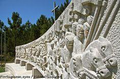 Altar Comemorativo da Batalha de Aljubarrota - Campo de São Jorge - Portugal by Portuguese_eyes, via Flickr