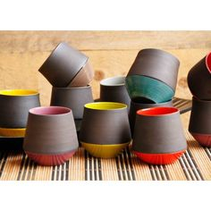 Tasses à expresso (par Handmade coffee service: ceramic espresso cups. Art of the table handmade by a creative craftsman of France Pottery Mugs, Pottery Bowls, Ceramic Pottery, Thrown Pottery, Slab Pottery, Pottery Art, Ceramic Cafe, Ceramic Mugs, Glazed Ceramic