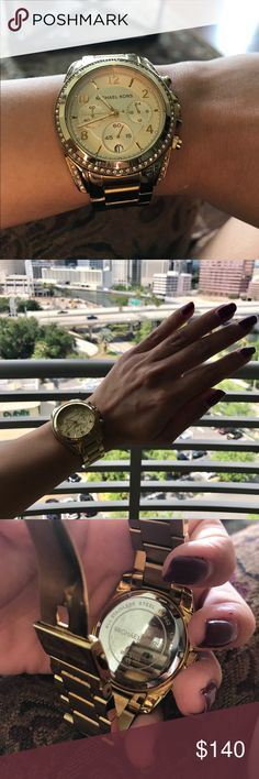 Beautiful Michael Kors Watch Good condition. Gold colored. Accessories Watches