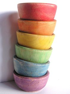 I want to have wooden bowls for my kitchen and this would be cute for kids.each child has their own color bowls Wooden Rainbow, Rainbow Food, Wooden Bowls, Ceramic Bowls, World Of Color, Over The Rainbow, All The Colors, Soft Colors, Bright Colors