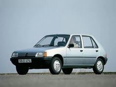 Moving the world > Peugeot 205