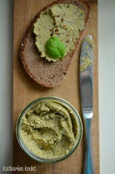 Linsenaufstrich mit Kürbiskernen: Für mehr Abwechlung auf dem Frühstücksteller! | Katharina kocht
