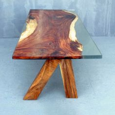 MaterialAcacia Wood and Clear Cast Resin Lenght (cm)244 Width (cm)90 Height (cm)75 CBM2.290 Lenght (inch)96.06 Width (inch)35.43 Height (inch)29.53