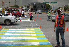 """""""Cebras por la vida"""" expone el riesgo para los peatones"""