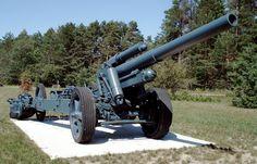 File:150mm sFH18 howitzer base borden 1.jpg