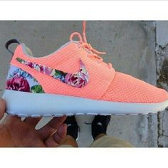 Nike Womens Coral Shoes Roshe Runs