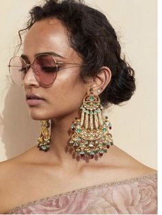 Sabyasachi Spring Summer 2019 collection just launched yesterday, and I have every single picture in this post for you. Lots of lehengas, sarees & more. Indian Jewelry Earrings, Jewelry Design Earrings, Indian Wedding Jewelry, India Jewelry, Gold Jewellery, Jewelery, Jewellery Photo, Pakistani Jewelry, Buy Earrings