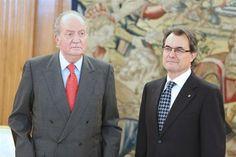 Un Rey serio recibe a Artur Mas    http://www.europapress.es/chance/realeza/noticia-rey-serio-recibe-artur-mas-20130131153141.html
