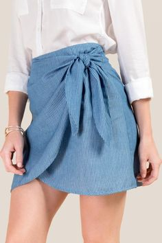 The Jennifer Striped Side Wrap Skirt features a tie. Wrap Around Skirt, Mini Vestidos, Teen Fashion Outfits, Skirt Outfits, Short Skirts, Ideias Fashion, Clothes For Women, Collection, Trending Outfits