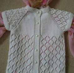 #bebeyeleği #elyapımı #desing #babysweater #örgü #yün