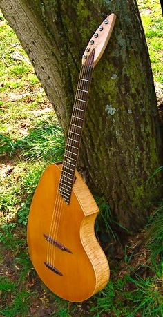 Pederson Ovoid. ~ Here is a link for the website > http://www.pedersonguitars.com/new-style.php ~ The one below is NOT the website, just some randomly generated pinterest page