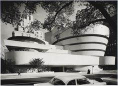 Wright's last major work—and one of his most iconic—sadly didn't open until six months after the architect's death. Nevertheless, the Guggenheim Museum is one of the most important pieces of American architecture and is considered to be Wright's most important contribution. #dwell #moderndesign #modernarchitecture