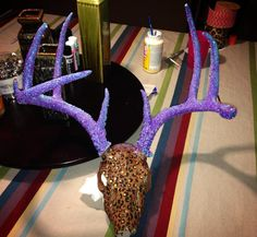 Glitter, painted antlers Painted Antlers, Glitter Paint, Diy Crafts, Crafty, Cake, Desserts, House, Painting, Food