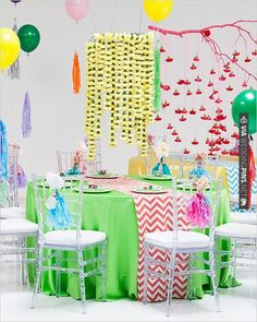 chevron wedding ideas | CHECK OUT MORE IDEAS AT WEDDINGPINS.NET | #wedding