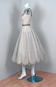 271e40cdbaf9 Norman Hartnell Beaded Ivory-Creme Lace and Satin Dress