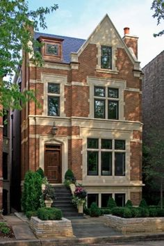 CURB APPEAL – another great example of beautiful design. English City House Exterior with traditional exterior in chicago by Burns and Beyerl Architects. Traditional Exterior, Stone Houses, City Living, Exterior Design, Brick Design, Exterior Trim, Victorian Homes, Old Houses, Curb Appeal
