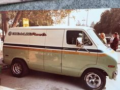 Ford Custom Van, Custom Vans, Van Signs, Gmc Vans, Vehicle Signage, Astro Van, Vw T4, Dodge Van, Vanz