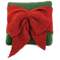 Mary Maxim - Free Christmas Bow Pillow Knit Pattern - Free Patterns - Patterns & Books