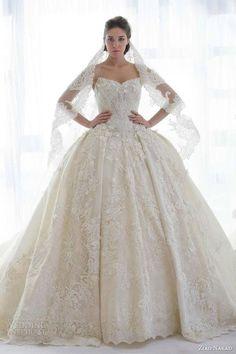 So stunning! A full ballgown wedding dress
