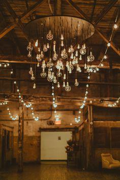 photo: Amber Gress Photography; wedding reception lighting idea;